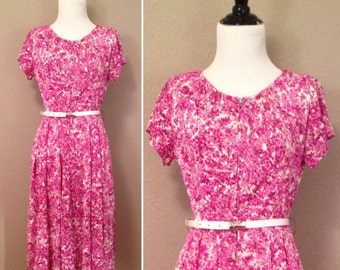 1950s 1960s lilac purple floral Shelton Stroller short sleeve dress/ size small