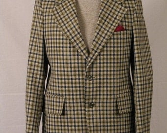 On Sale 1960's 1970's Green Checkered Sport Coat wool Polyester Blend