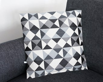 Cushion cover - Model Black Geometric