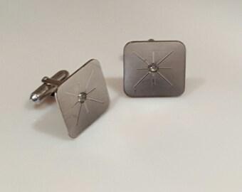 Fantastic mid-century modern atomic starburst cuff links!