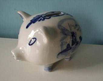 Cute Dutch Delft blue piggy bank! Handpainted