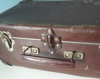 Old brocante French suitcase Unat Secours stacking home décor