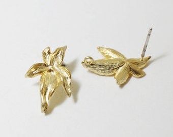 E0097/Anti-Tarnished Matte Gold Plating Over Brass/Lily Petal Earrings /12x17mm/1 pair