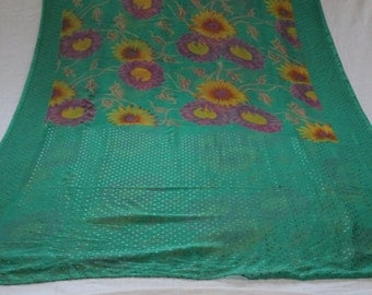 floral saree,vintage Fabric,Vintage Sari,Indian Sari,Craft Art Deco,antique Sarong Fabric,5 yards fabric,Free Shipping,Used Sari,Embroider
