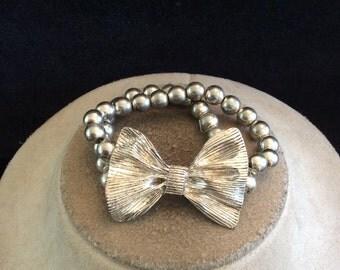 Vintage Silvertone Beaded Bow Bracelet