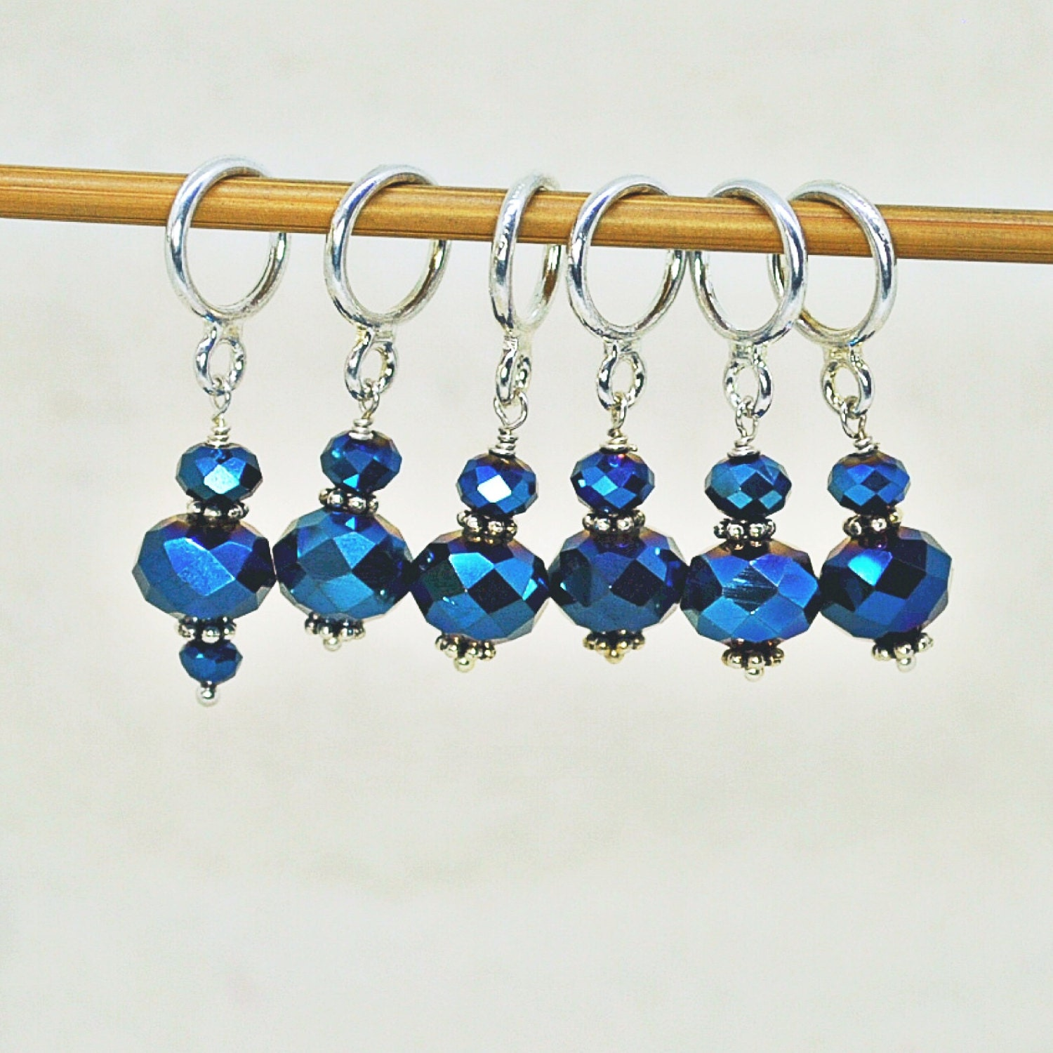 Using Stitch Markers In Knitting : Knitting Stitch Markers Stitch Markers Sapphire Blue Stitch