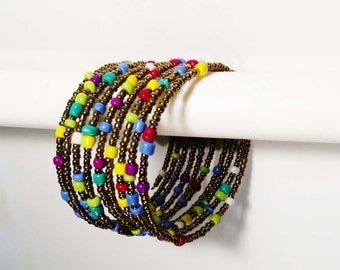 FREE SHIPPING!!! Beaded bracelet! (Gold and yellow primary colors)