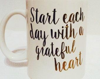 Grateful Heart Quote Coffee Mug