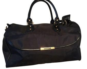 Stylish 1980's Black Qantas Travel Bag Sports Bag
