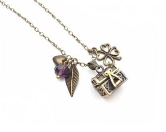 Necklace Treasure Chest