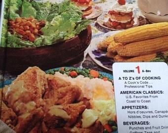 Vintage Family Circle Cookbook