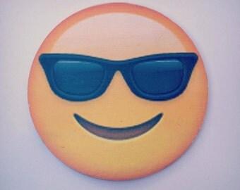 wood emoji wall decore