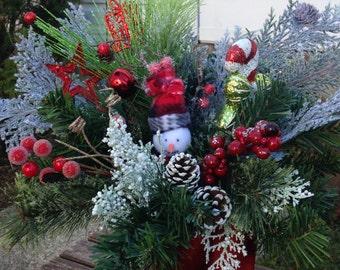 Christmas snowman centerpiece /    Christmas hostess gift