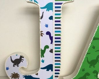 Decorated boy wooden letters,dinosaurs,nursery decor,boys bedroom,free standing, hanging, personslised,customised, baby dinosaurs,