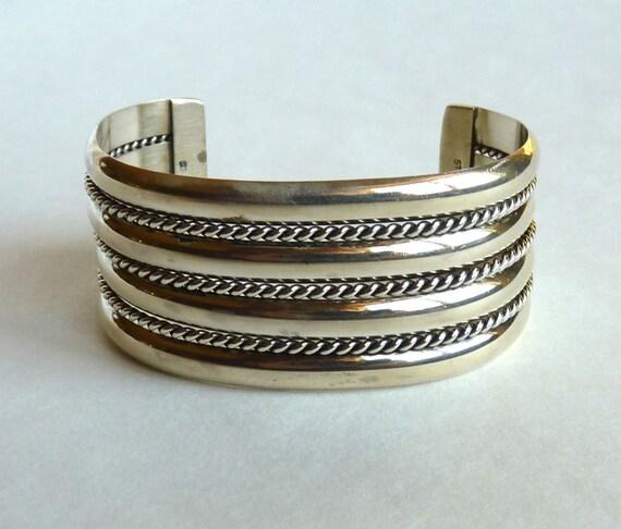 STERLING NAVAJO CUFF Bracelet ~ Tahe Hallmark ~ Sterling Silver ~ Vintage 1970s