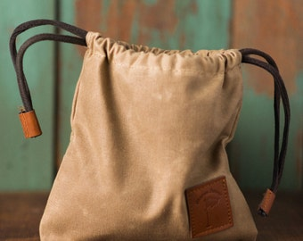 Waxed Canvas Golf Valuables Field Pouch in Tan Golf gifts