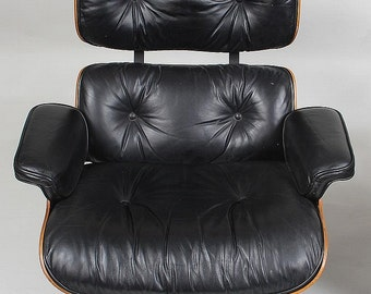 Herman Miller Charles and Ray Eames lounge chair 670