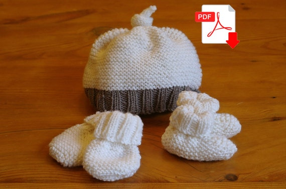 Knitting Pattern Easy Baby Mittens : Easy Knitting Pattern: baby hat booties & mittens by SprogletsKits