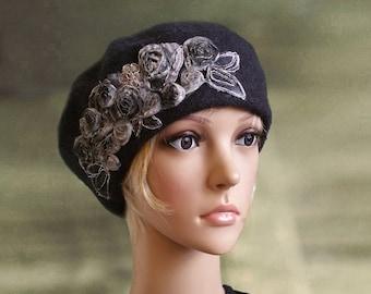 Gray french beret, Stylish felt beret, Felt wool beret, Beret with applique, Classic felt beret, Felted wool beanie, Embellished beret