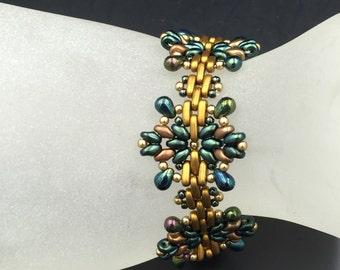 Beaded Bracelet Star Bead Work Bracelet Bead-Weaving Green Bronze Bead Handmade Christmas Jewelry Holiday Woven Beaded Bracelet
