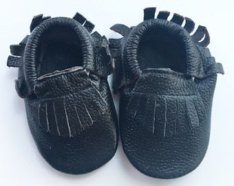 3-6 Months Genuine Leather Moccasins, Black Moccasins, Baby Moccasins, Fringe Moccasins, Handmade, Toddler Shoes, Toddler Moccasins, Handmad