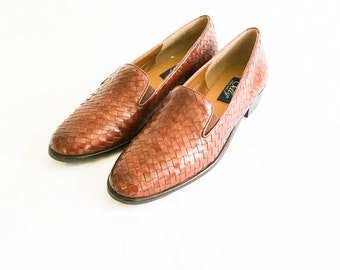 Brown woven leather shoes size 8.5 - women's woven leather shoes - slip on dress shoes - leather flats - pointed toe shoes