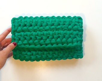 Green Crochet Clutch