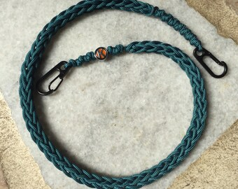 95 Paracord Spool Knitted Lanyard