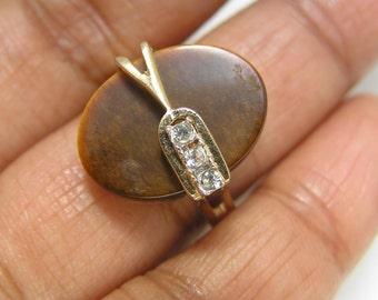 Vintage Mod modern Ring- costume  Jewelry