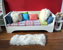 Daybed for 1/6th scale fashion dolls and action figures like Barbie, Fashion Royalty, Hot Toys, Phicen etc.