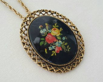 Pin or pendant necklace