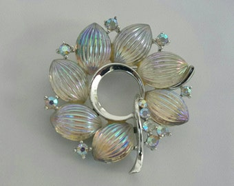 LISNER Molded Glass Pin