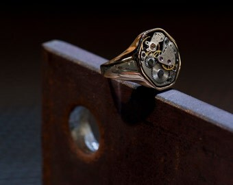 Signet Ring - 'RETRO 1881' - Mechanical Watch Ring - Steampunk, Men's, Women's, Unisex Ring, Unique Statement Ring