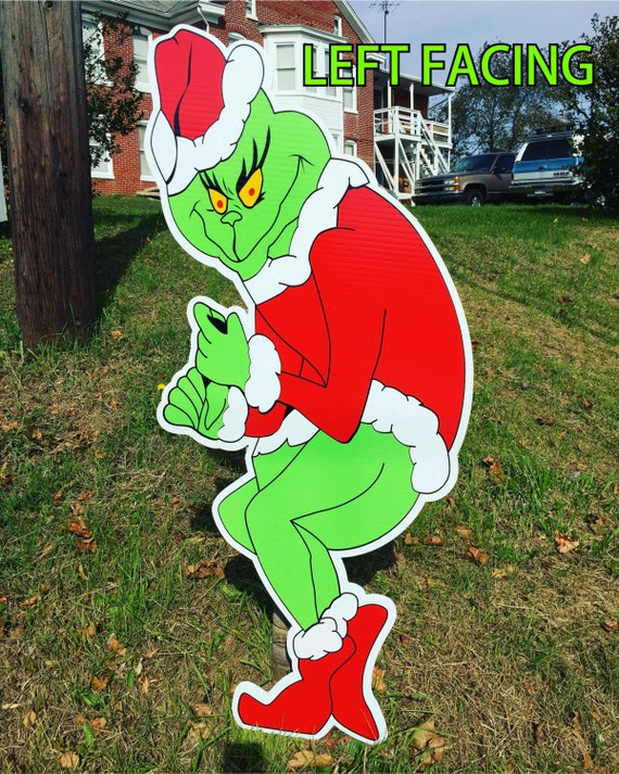 Grinch Stealing Christmas Lights Yard by BunsBodatiousCreates