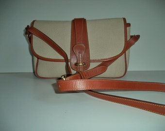 Dooney & Bourke cross body vintage handbag// 90's designer brown and cream leather messenger saddlebag