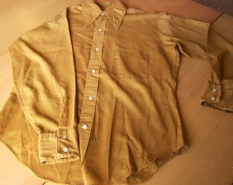 Vintage 1970s Men's Long-sleeved shirt - Mach II by Arrow - Deep mustard color - 15-15 1/2