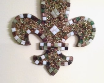 Fleur de lis mosaic