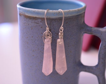 Earrings with rose quartz