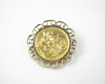 Full sovereign Brooch dated Queen Victoria 1897. 11.5g. Ref: 42432