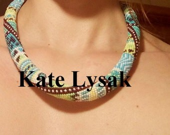 "Bead Crochet Necklace ""Chic"""