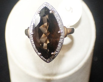 9ct gold with smoky quartz ring size p