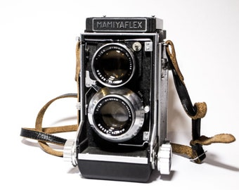 Mamiyaflex C Medium Format TLR Film Camera with F2.8 80mm Lens / 1950s
