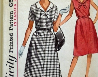 1960s Simplicity Vintage Sewing Pattern 5942, Size 16