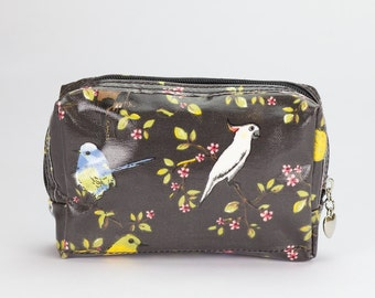 SALE! Small Makeup bag - Oilcloth zip pouch - Oil cloth Cosmetic case - Beauty pouch - Ladies Beauty case - Australia bird Cockatoo