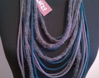 Scarf necklace, grey and petrolkleur with wool item