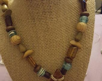 Tear drop pendant necklace