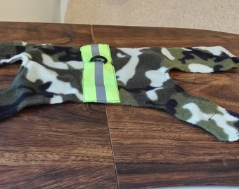 Harness with safety reflector in camouflage
