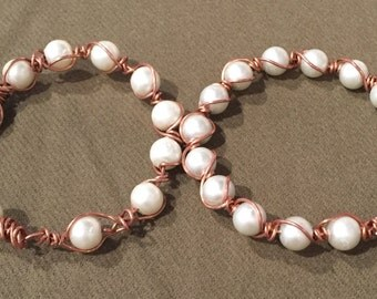 Copper and Pearl intertwined Bracelet