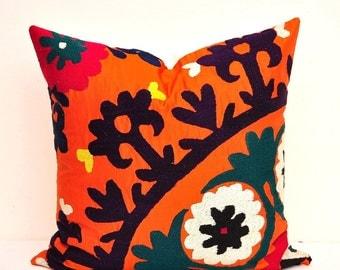 Suzani Throw Pillow Cover-Throw Suzani Pillow -Suzani Pillows-Suzani Cushion-Designer Suzani Pillow-Vintage Suzani pillow