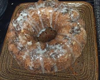 Cinnamon bun cake bundt style